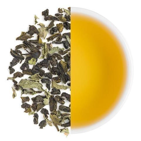 Groene thee en een kop thee