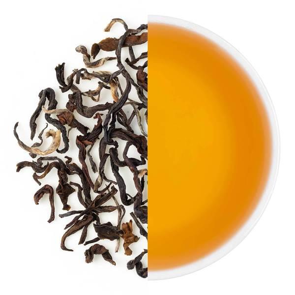 Oolongthee en een kop thee